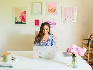 Get the insider's scoop about Elizabeth McCravy's new online course for designers as she creates this program.