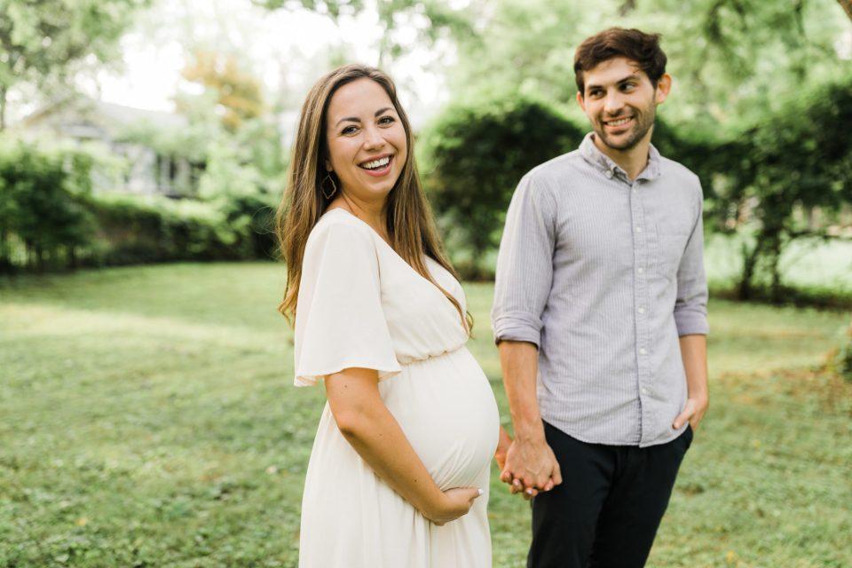 Elizabeth-McCravy-Maternity-Photos-Full-40 copy