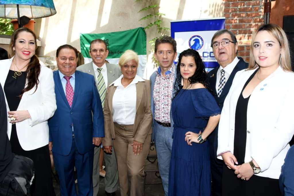 foto El Sr. Gobernador con la JuntaDirectiva de la CÁMARA INTERNACIONAL DE EMPRESARIOS DE NUEVA YORK