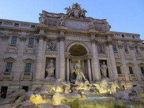 rome italy roma italia trevi fountain