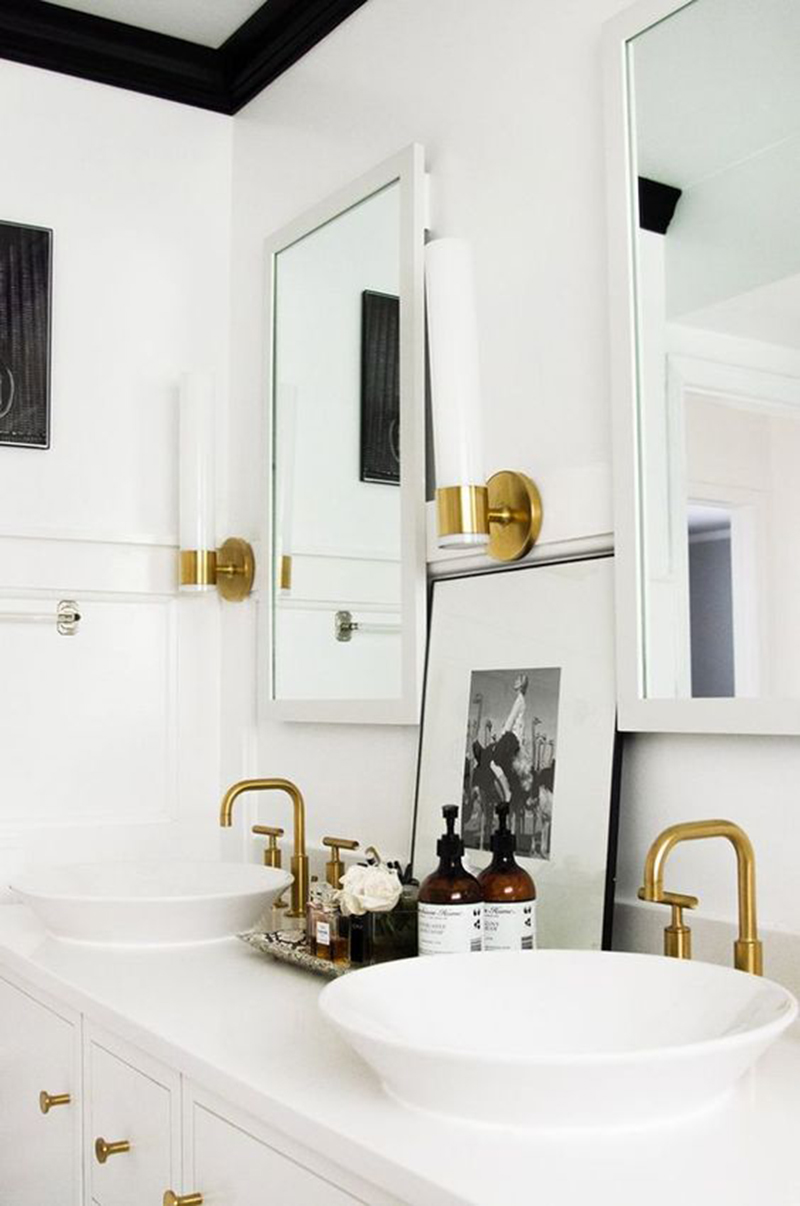 Bathroom Fixtures With Gold And White