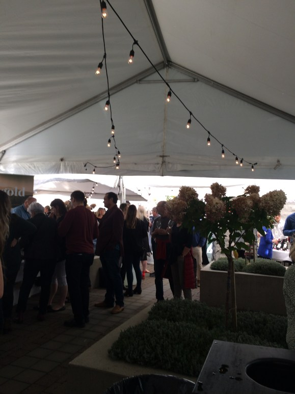 Lots of people attending the Victoria Int'l Wine Festival