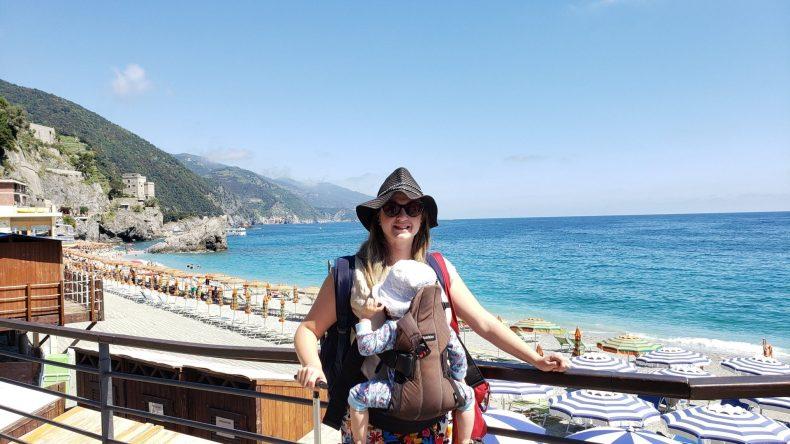 Praia em Monterosso Al Mare. Cinque Terre