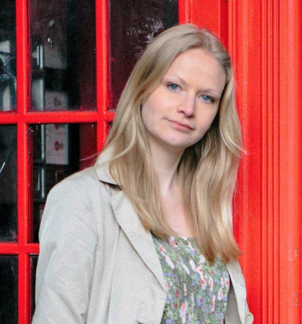Elizabeth Mundy, Warrior Mum and Author