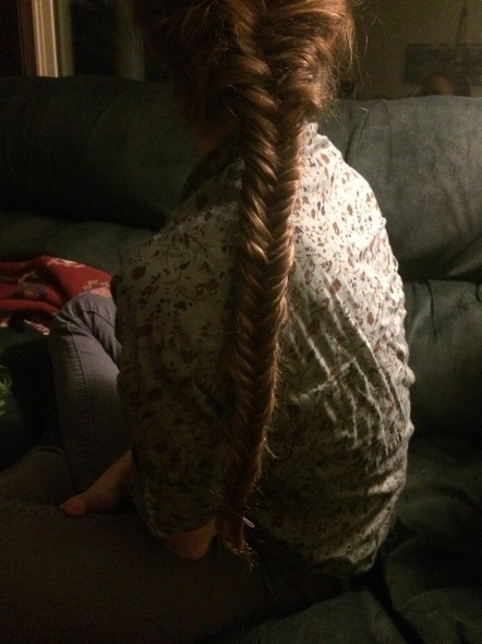 Though Gwen doesn't know how to French braid, she DOES know how to do a fish tail braid. Amazing!