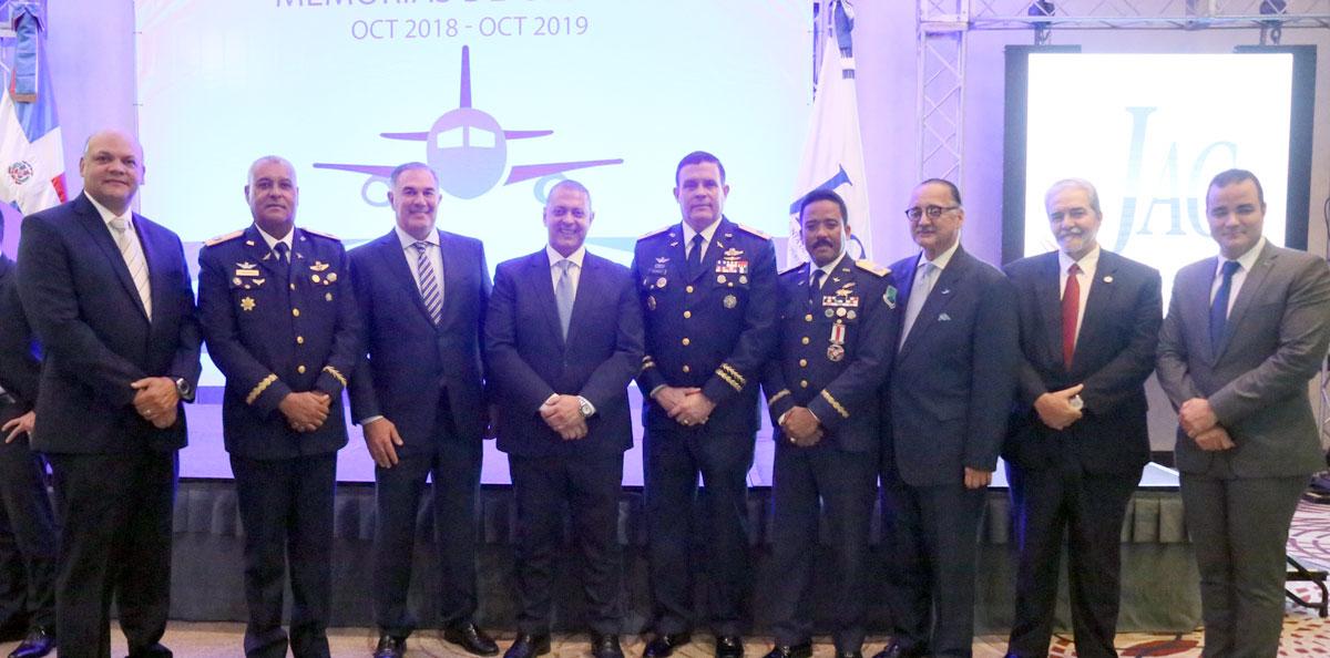 miembros del Pleno de la JAC, del Comité Nacional de Facilitación (CNF) y la Comisión Investigadora de Accidentes de Aviación (CIAA),