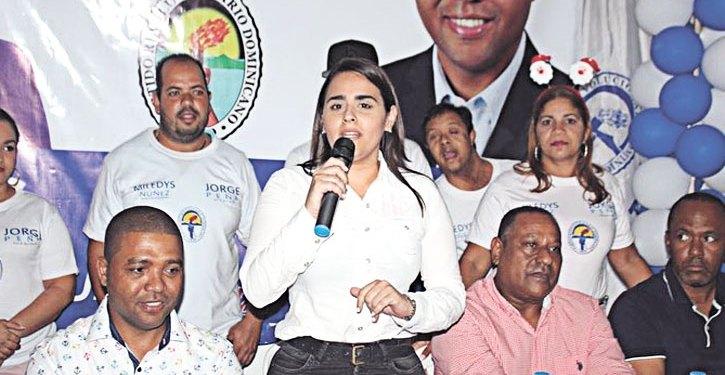 Candidatura para Regidora de Karilyn Chabebe se convierte en un fenómeno político en SFM