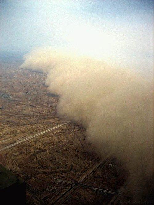Tormenta de arena en el Desierto del Neguev, Israel