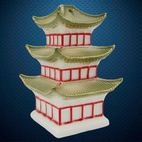 Фарфоровая елочная игрушка из серии Домики Фарфоровая Мануфактура Китайская пагода