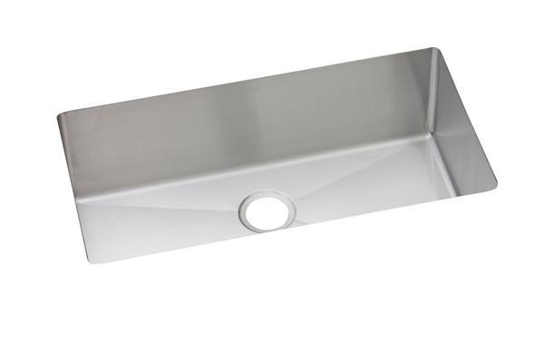 elkay kitchen sinks cabinets ideas undermount stainless steel crosstown 16 gauge 32 1 2 x 18