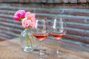 rose wine in glass