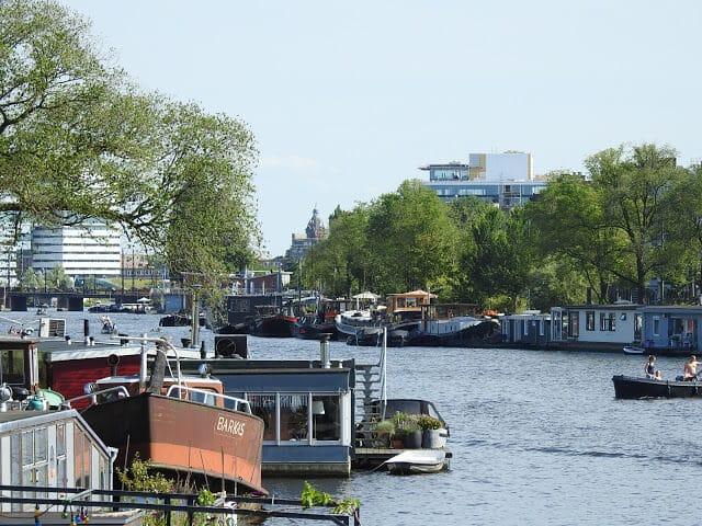 Amsterdam.Wasser-Ufer.