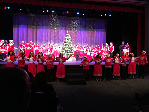 Musical Mayhem Productions Brings Elk Grove A White Christmas