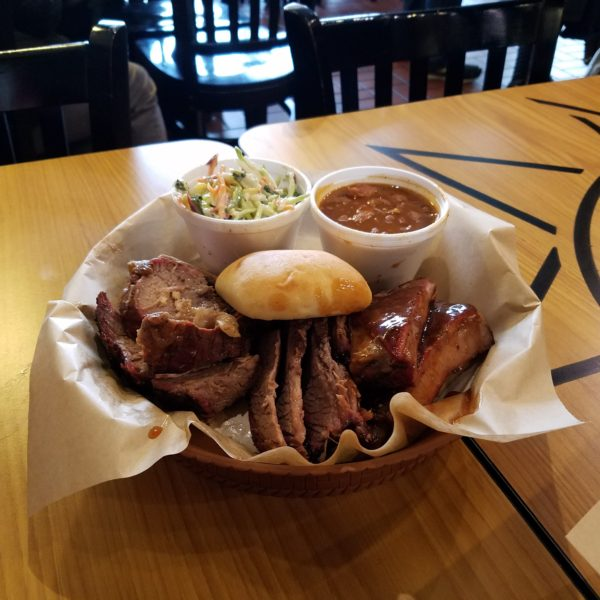 Side Burn BBQ and Brew Opens In Elk Grove