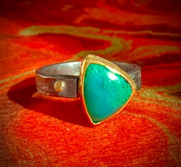 Arizona gem silica in 22k gold and oxidized sterling