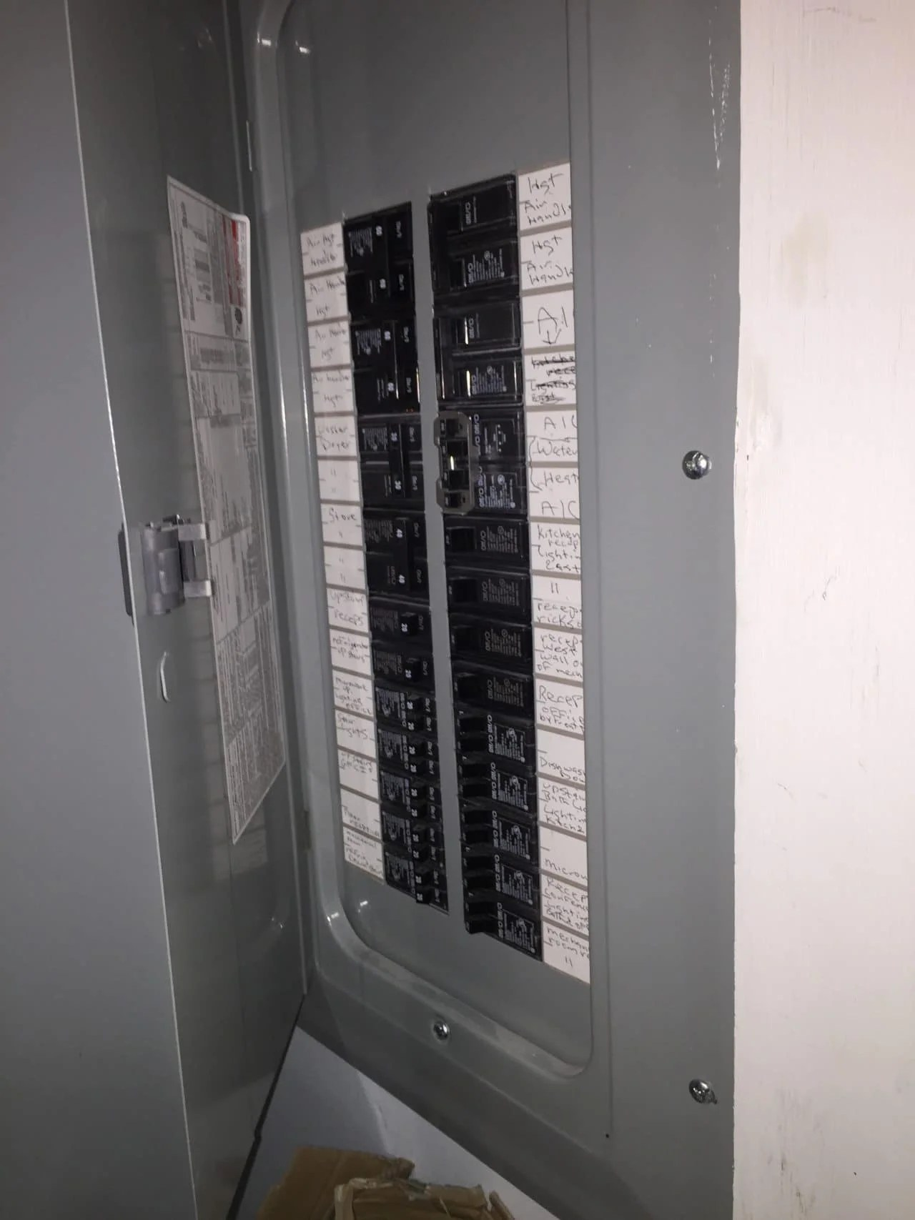 hight resolution of circuit breaker house for rent elkins apartments bloomington