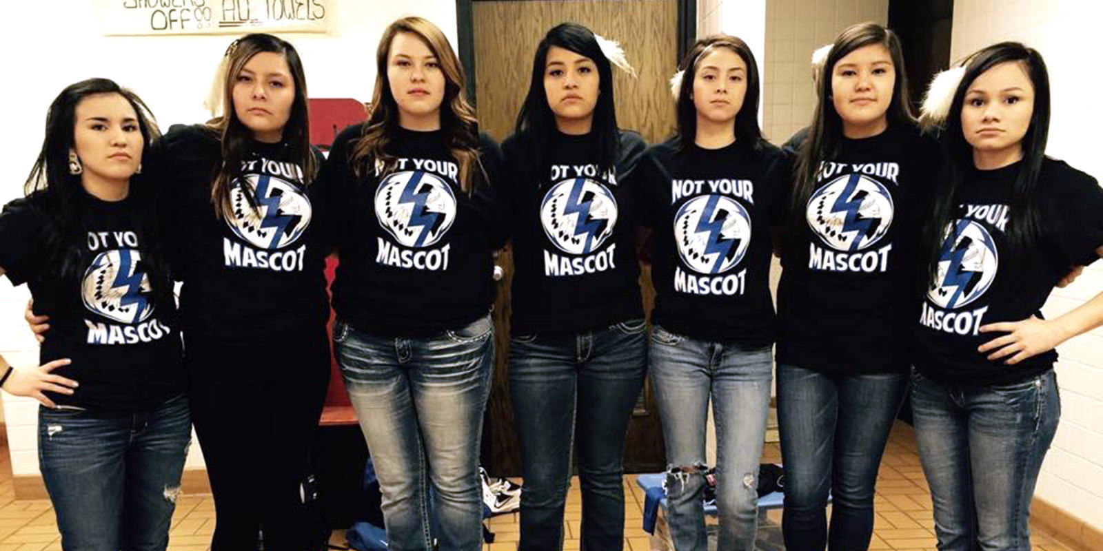 Native American Girls Protest High School S Offensive