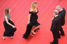 Julia Roberts Barefoot Carpet Cannes