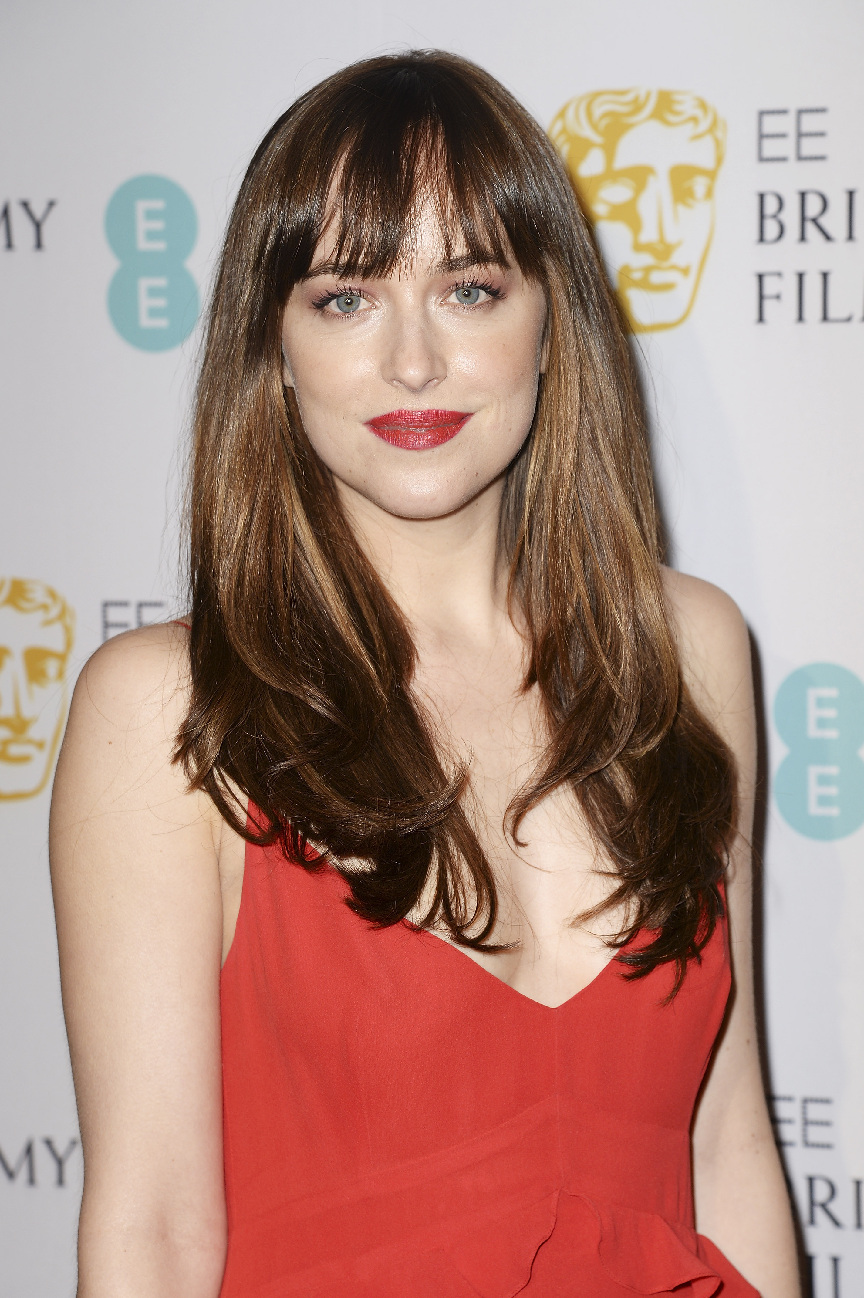 104 Hairstyles With Bangs You'll Want To Copy Celebrity Haircuts