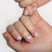 nail art short nails