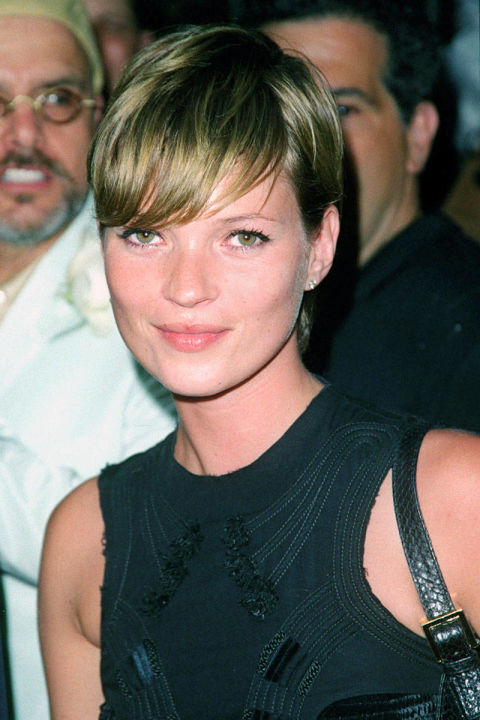 This caramel-colored side-swept pixie is yet another example of why women around the world can't get enough of Moss.
