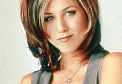 25 Best Medium Hairstyles Celebrities With Shoulder