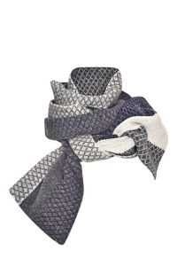Chunky Knit Scarves For Fall - 21 Best Winter Scarves