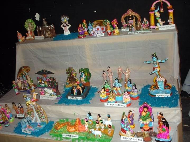 dasara2007otradi-dolls-exhib.jpg