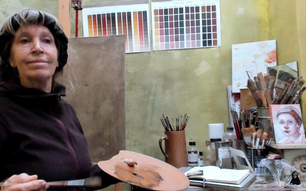 Ella Looise, zelfportret | Samen Online Schilderen. Schilderlessen foto's