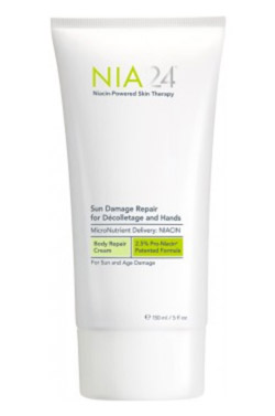 Sun Damage Repair for Décolletage and Hands de Nia 24