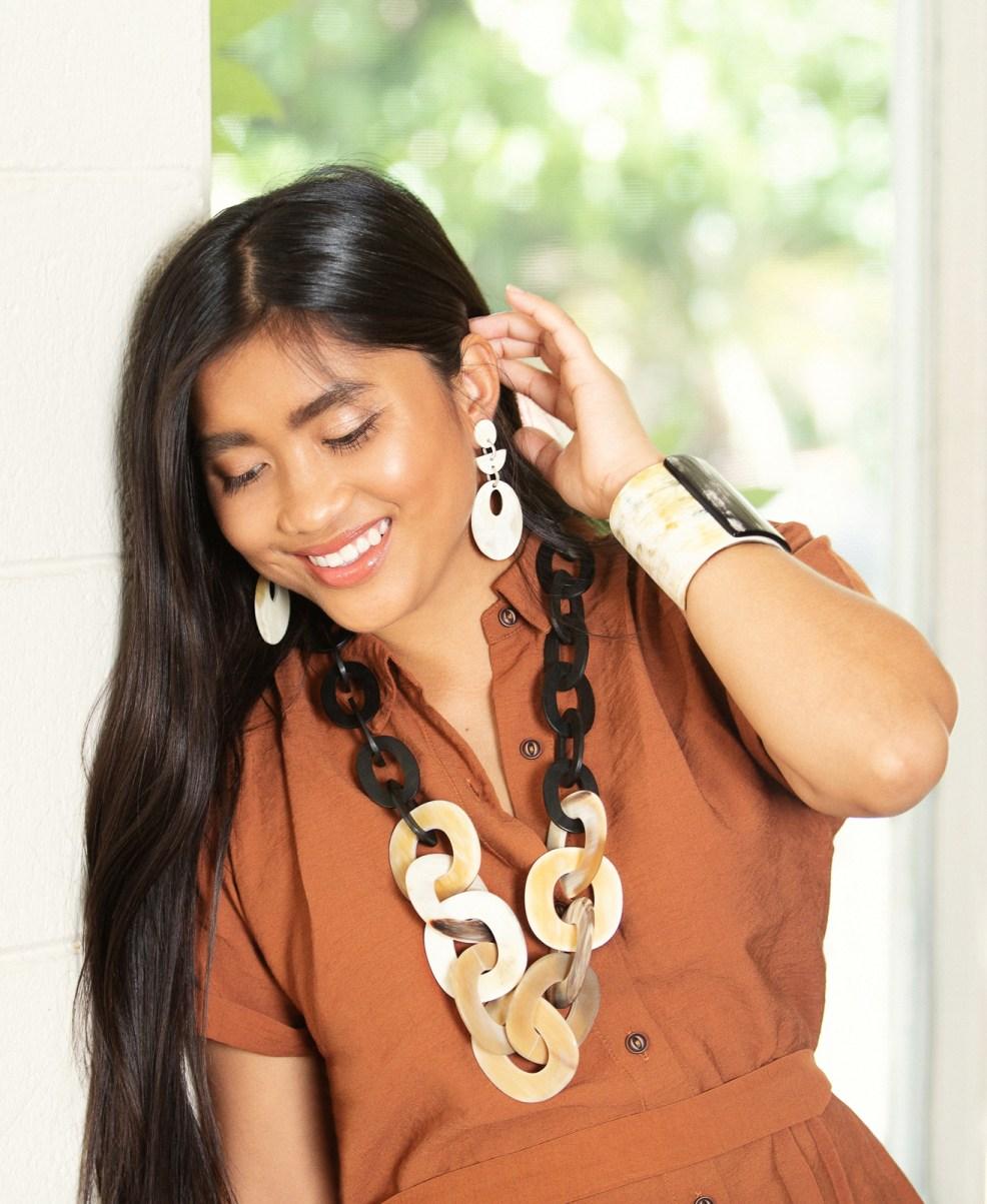 Model Chelsea Sanson for Vivo Lifestyle, jewelry editorial.