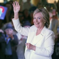 Clinton Endorsed by Congressional Hispanic Caucus PAC