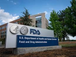 PIE DE FOTO: Todas las vacunas que se aplican en Estados Unidos, cumplen con las regulaciones de la FDA.