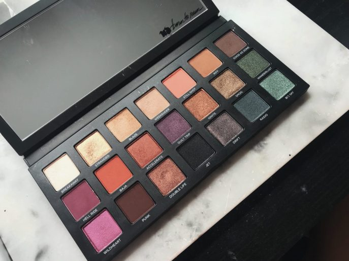 Urban Decay's Born to Run Collection & Eyeshadow Palette - A makeup look and review