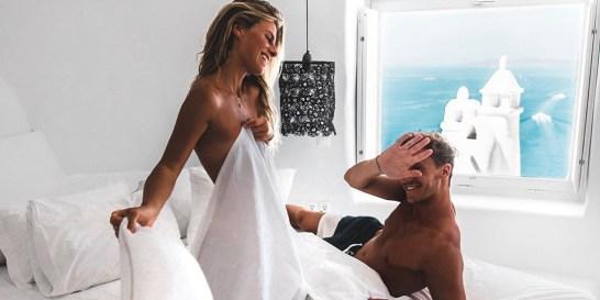 Το συντροφικό, το τρυφερό, το αγχολυτικό… Aυτά είναι τα 7 είδη σεξ (κάθε ώρα θέλει το δικό της!) Σίγουρα έχεις παρατηρήσει την ανάγκη σου να κάνεις σεξ σε διαφορετικές φάσεις της καθημερινότητάς σου, όπως παραδείγματος χάρη όταν έχεις στρες (αγχολυτικό σεξ) ή όταν ξυπνάς (το γρήγορο σεξ). Αλήθεια, πόσα είδη σεξ υπάρχουν τελικά και τι συμβουλεύει η expert των σχέσεων για κάθε περίπτωση;