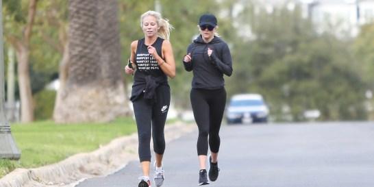 Γιατί μου κάνει καλό το καθημερινό τρέξιμο; #ELLERUN Δεν ωφελεί μόνο τη γραμμή σου, αλλά και την υγεία σου.