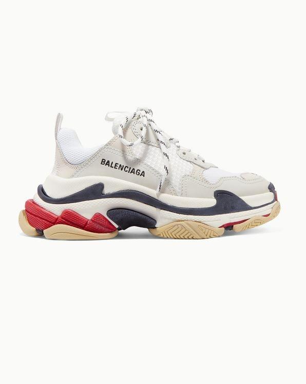 Sneakers, Balenciaga.