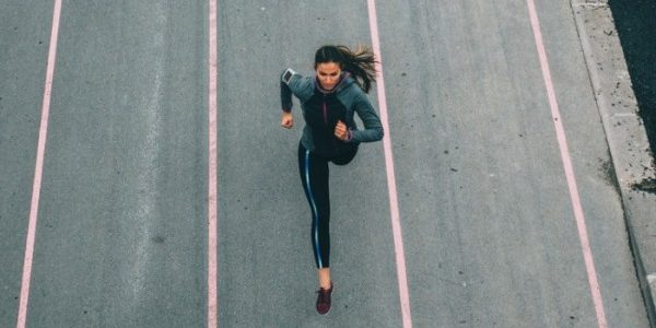Πώς θα αποκτήσω αντοχή στο τρέξιμο (στο δρόμο ή και στο διάδρομο); Δες τι πρέπει να κάνεις για έχεις κι εσύ αντοχή...