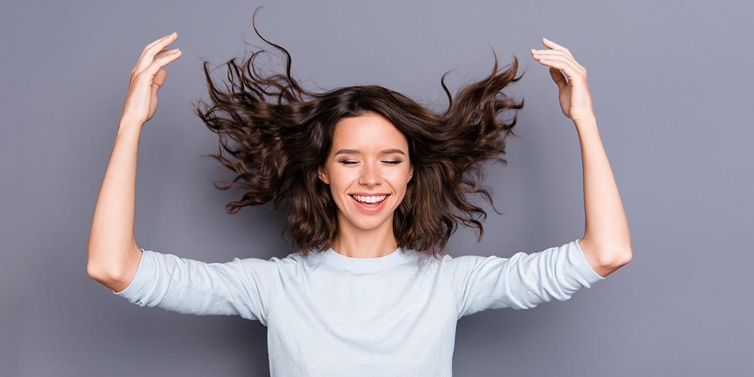 Γιατί ξεσπάμε στα μαλλιά μας, μετά από έναν χωρισμό; #storytime