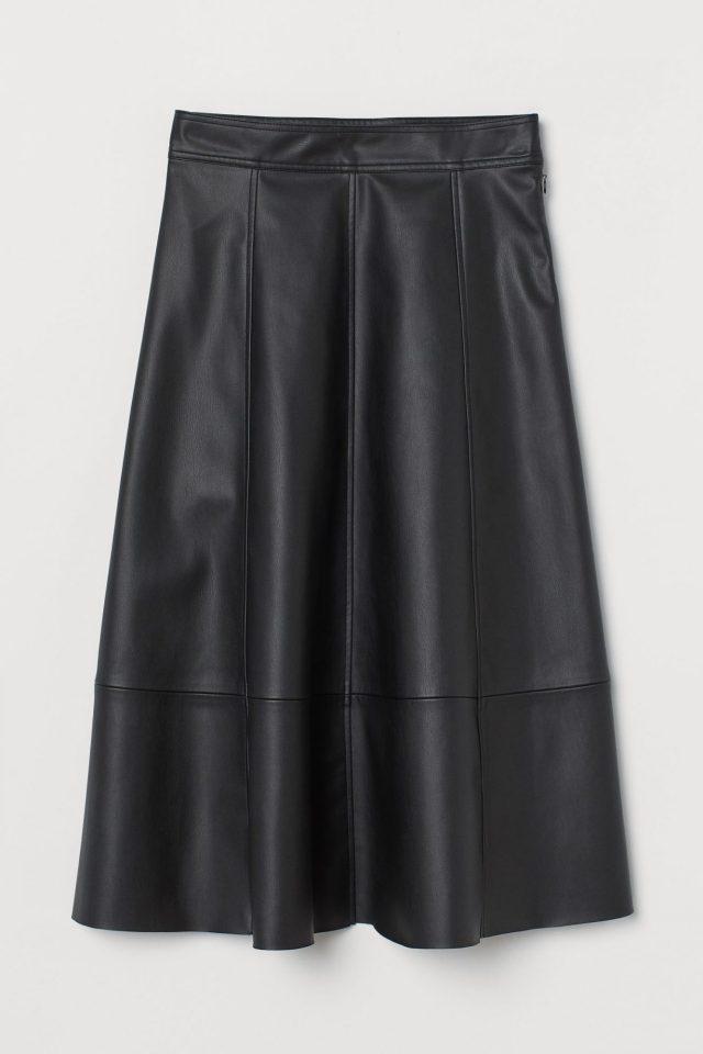 Δερμάτινη φούστα, Η&Μ.