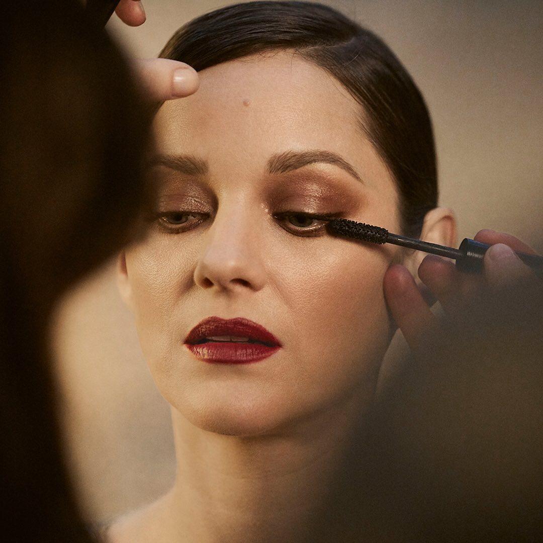 Ποια είναι η τέλεια απόχρωση για τα χείλη σου; Η εφαρμογή Lipscanner της Chanel την βρίσκει σε δευτερόλεπτα