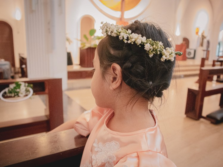 flower-girl-hairstyle.jpg