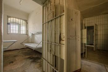 verlassene Gefängniszelle