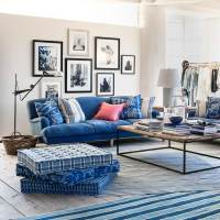Blue and white accessories | ELLE Decoration UK