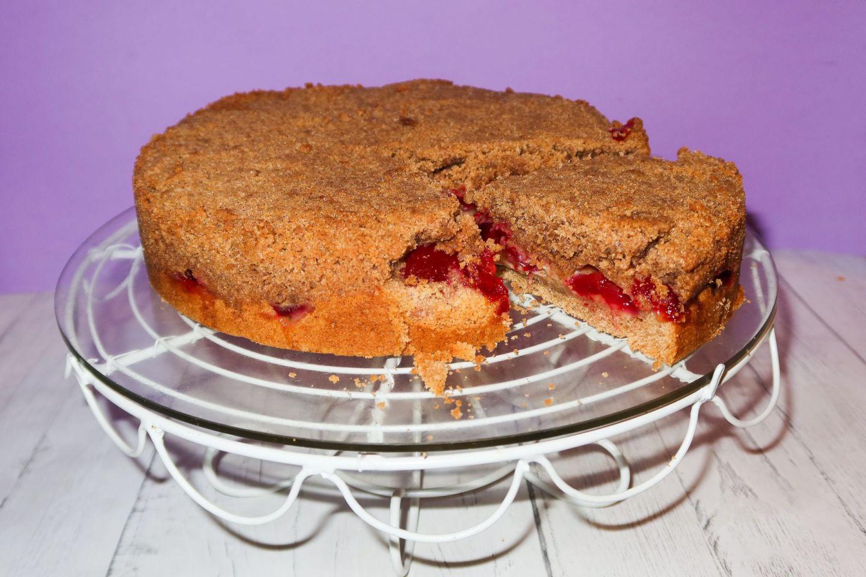Plum Crumble Cake Recipe!