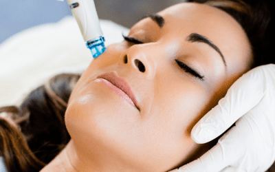 woman receiving hydrafacial atlanta medical spa