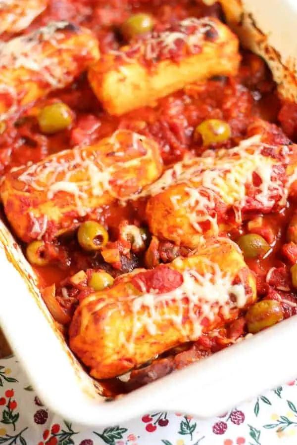 Quenelles à la sauce tomate