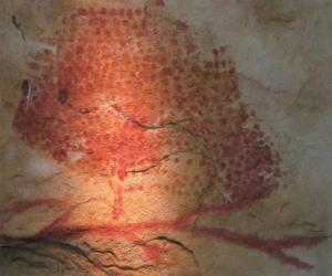 A replica of a Magdalenian cave painting from France depicting a bison, which were plentiful in Europe (HTO/Wikimedia Commons)