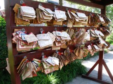 Students' prayers at a pagoda