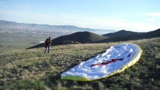 Paragliding hill bogdkhan uul met UB op de achtergrond